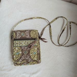 Like new Vera bradley crossbody
